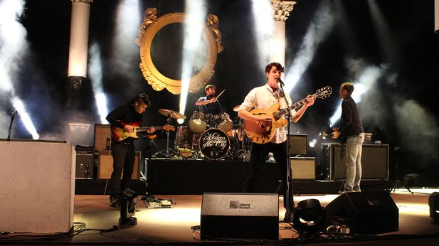 New Vampire Weekend is coming: double album and song drops